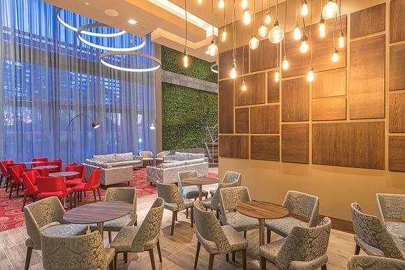 Bar del Hilton Garden Inn Bogotá Airport, Colombia.