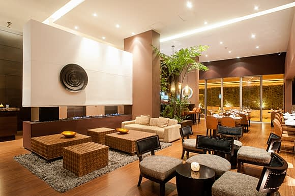 Lobby del Hotel Cabrera Imperial